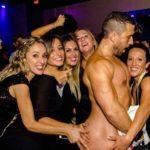 Stripteaseur brûlage de culotte Belgique